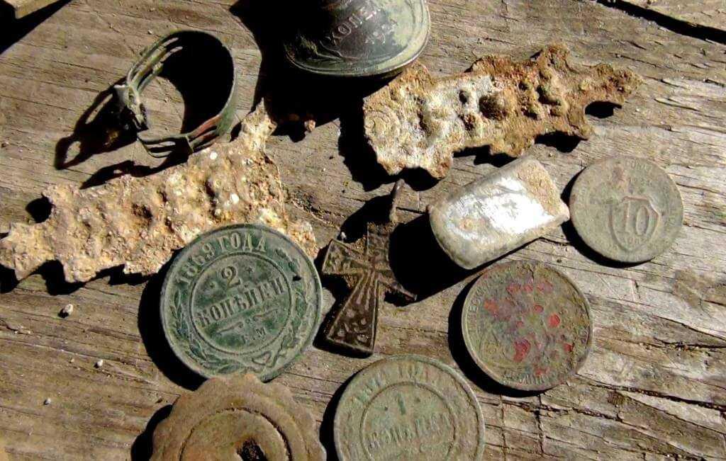Сопутствующие находки, которые могут попасться при поиске лома