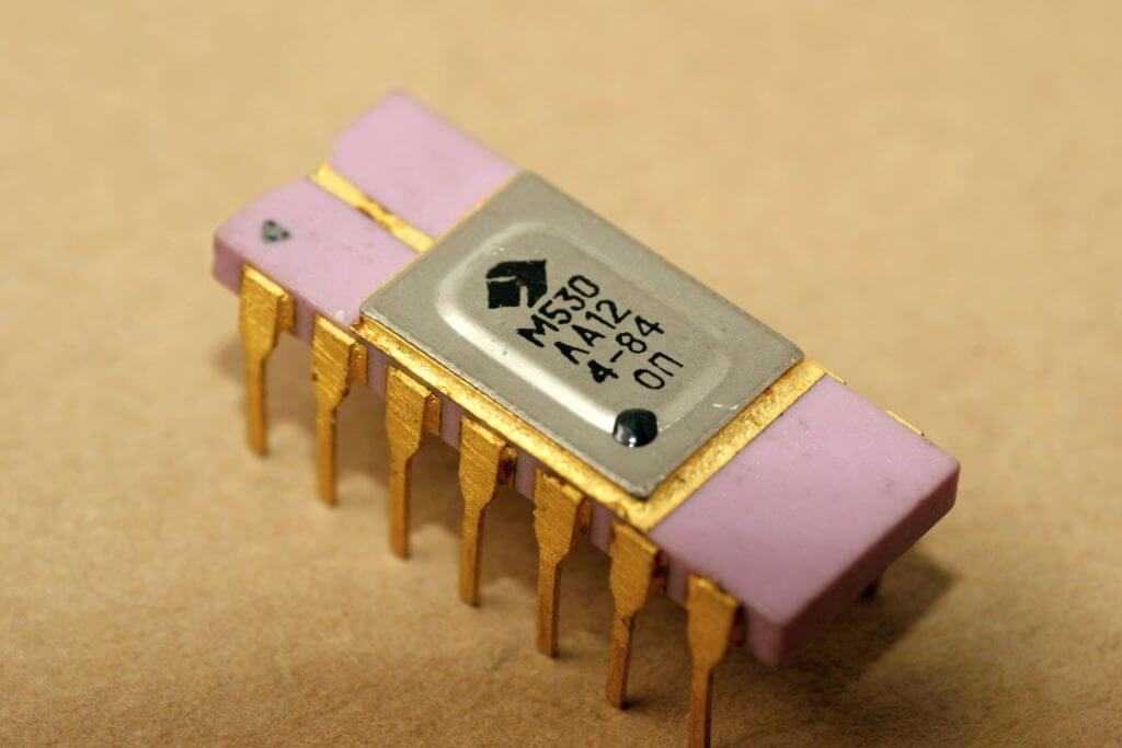 Микросхемы серии 530