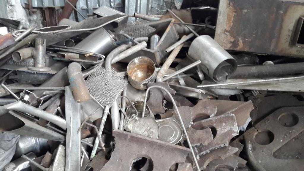 сколько стоит тонна алюминия как лом на заводе