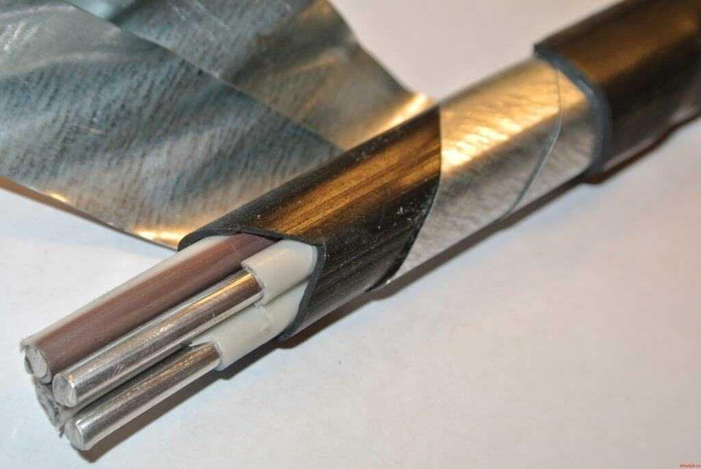 алюминиевый кабель в изоляции
