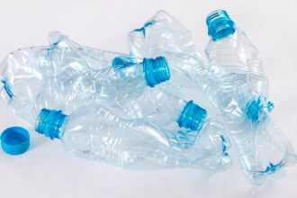 лом пластмасс или пластиковый лом