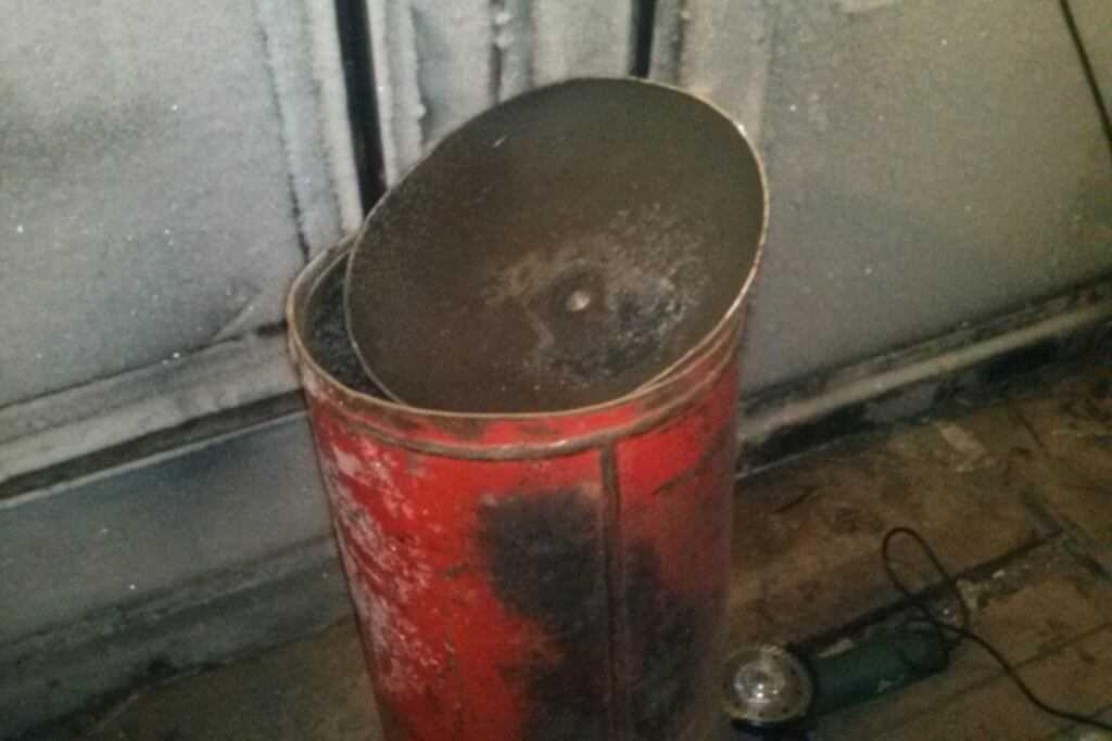 Разрезанный газовый балон стал взрывобезопасным металлолом
