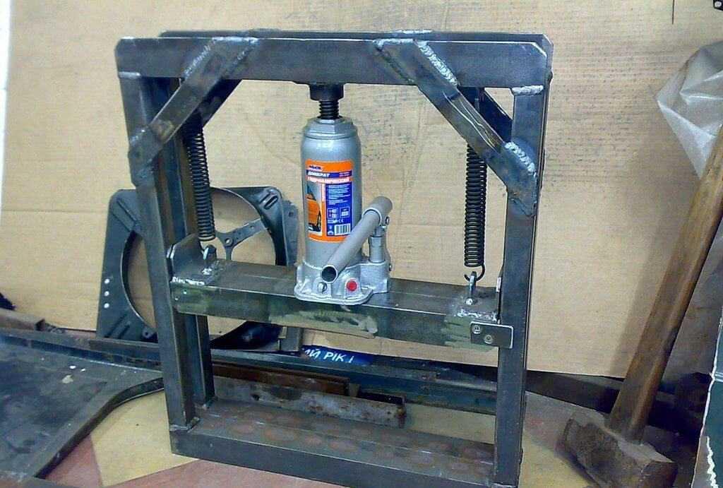 Самодельный пресс для топливных брикетов из бумаги