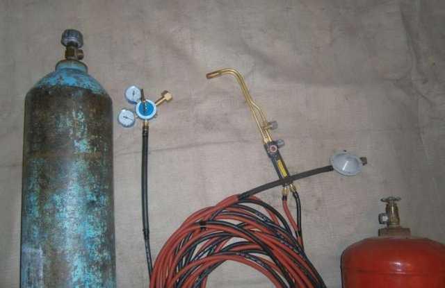 Оборудование для резки газом (кислородом) - кислородный баллон, пропановый и резак