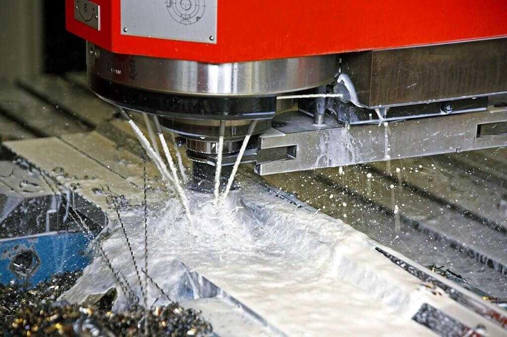 сож во время обработки металла резанием