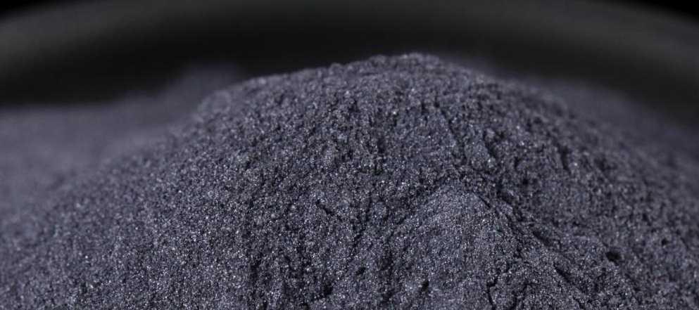 Металлическая пыль бериллия - очень опасна для человека