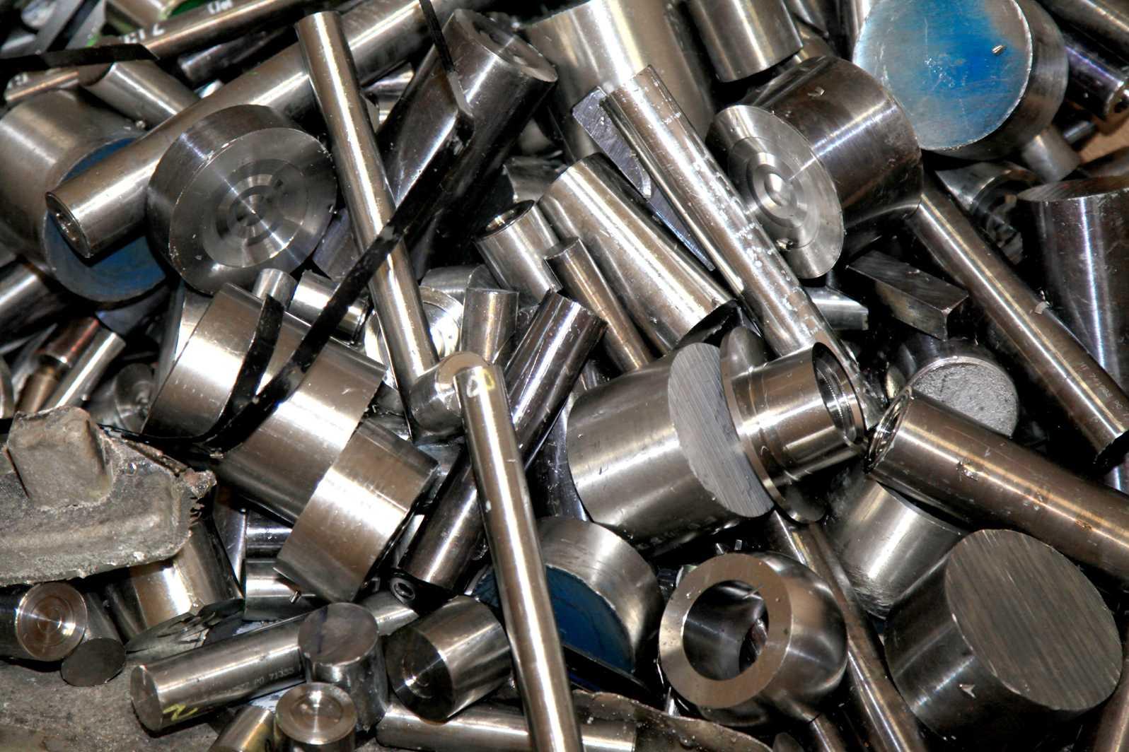 Что значит легирующие металлы