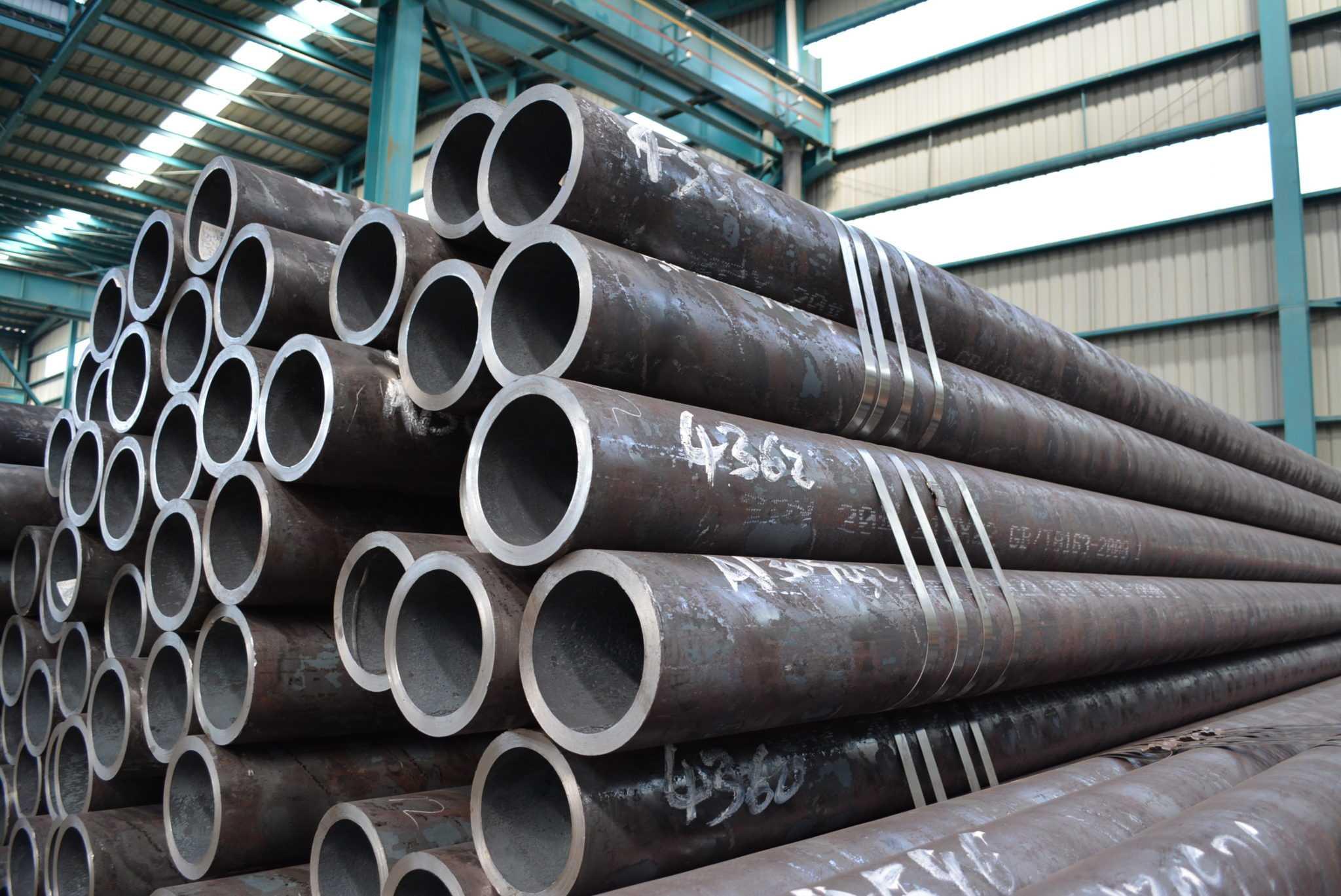 Толстостенные трубы из конструкционной стали