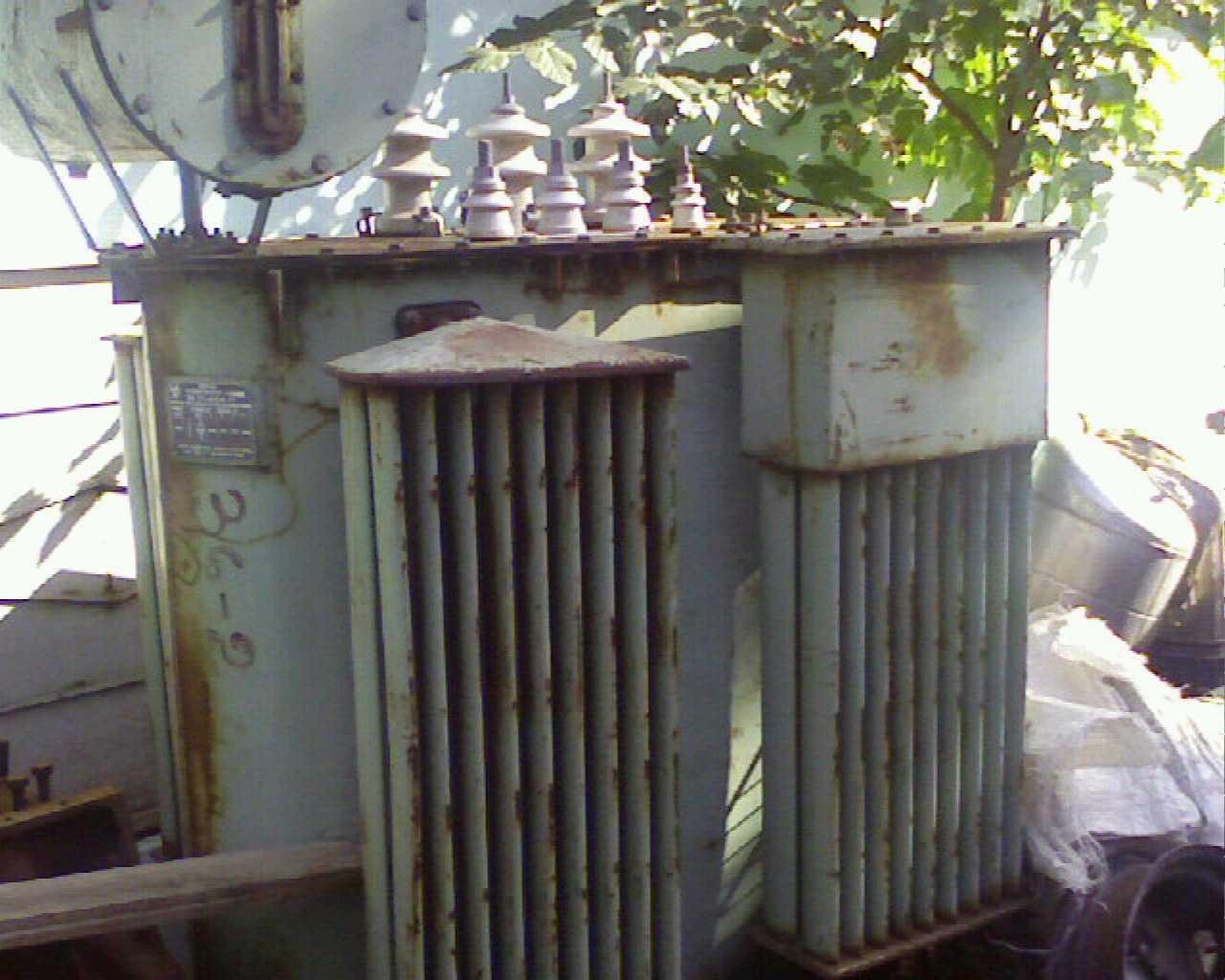 старый трансформатор