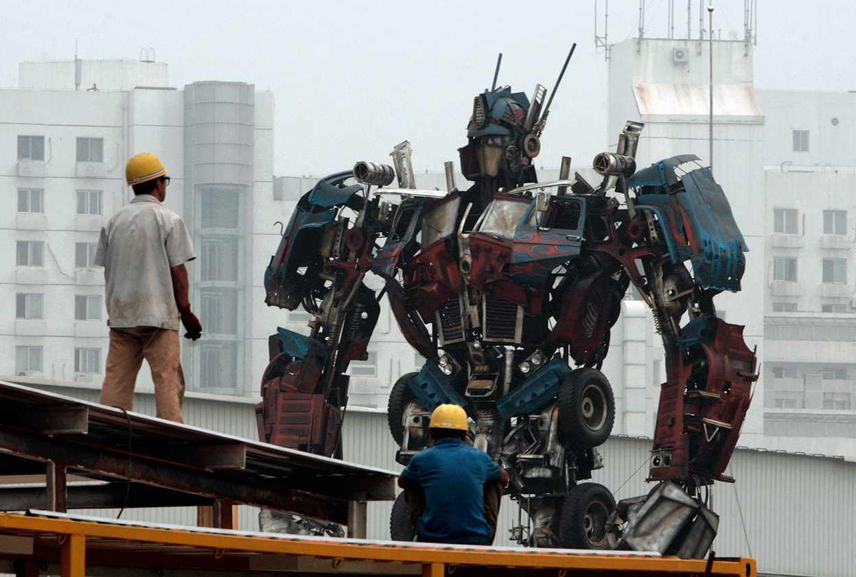 из металлолома - Роботы из металлолома (фотографии)