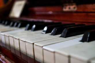 сдать пианино на металлолом