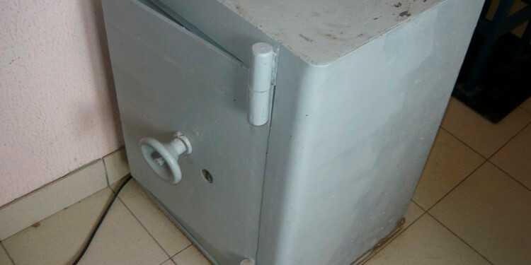 сейф на металлолом