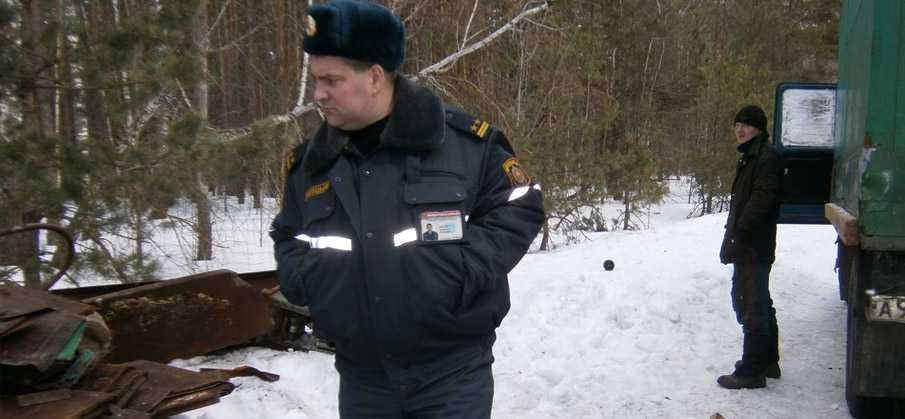Частые проверки милиции металлоприемок связаны именно со сдачей железнодорожного лома