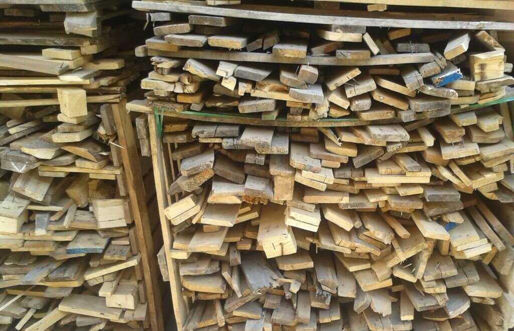 Лом деревянных ящиков