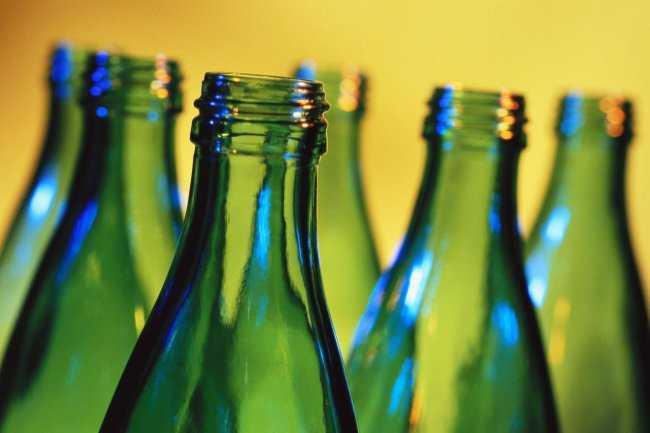 Целостная тара, например, бутылки целиком