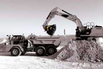 для дробления отходов 330x220 - Ковши для дробления твёрдых отходов