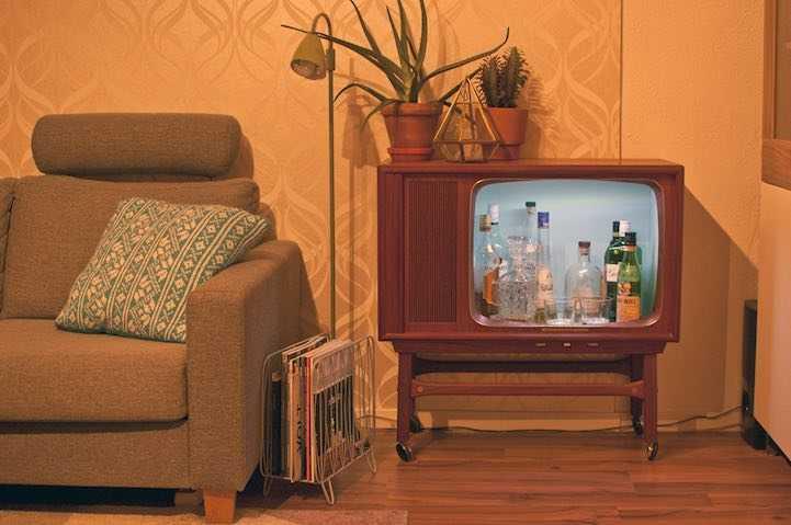 Минибар из старого телевизора