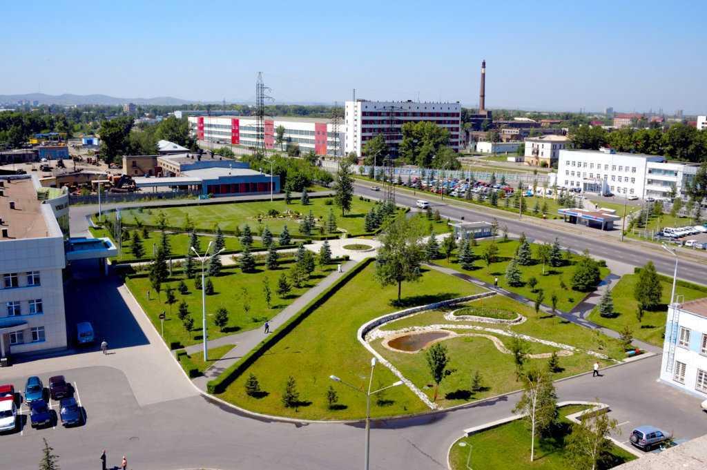 Так сейчас выгляди территория завода АО УМЗ