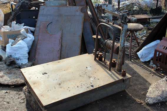 лома - Как я раскапывал погреба и сдавал их на металлолом