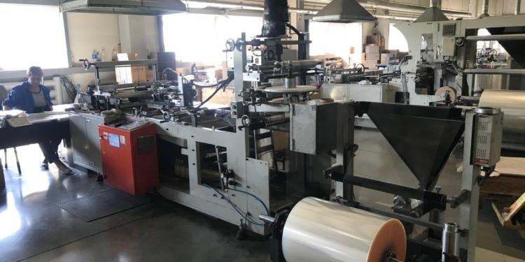 proizvodstvo polimerpeschannoe 1 16054421 750x375 - Особенности производства полимерпесчаных изделий. Где купить оборудование?